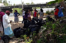 Sept 15 Beach Cleaning  (6)